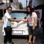 Foto Penyerahan Unit 8 Sales Marketing Mobil Dealer Daihatsu Semarang By Arif