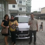 Foto Penyerahan Unit 2 Sales Marketing Mobil Dealer Suzuki Medan Azka