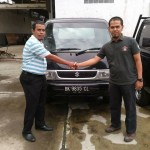Foto Penyerahan Unit 5 Sales Marketing Mobil Dealer Suzuki Medan Azka