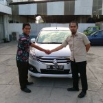 Foto Penyerahan Unit 9 Sales Marketing Mobil Dealer Suzuki Medan Azka