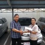 Foto Penyerahan Unit 5 Sales Marketing Mobil Dealer Daihatsu Semarang By Arif