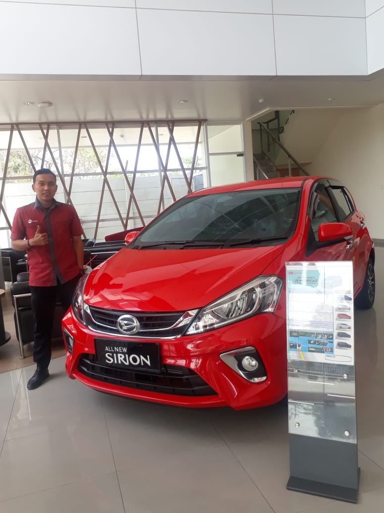Sales Marketing Mobil Dealer Daihatsu Iza